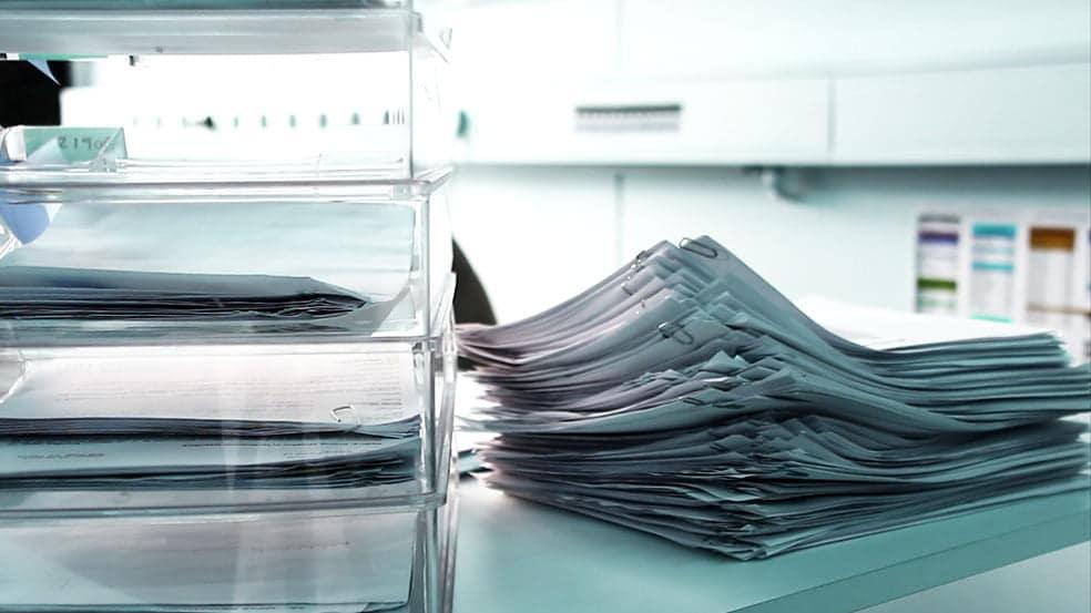 فوتیج اسناد و مدارک و آرشیو و سند