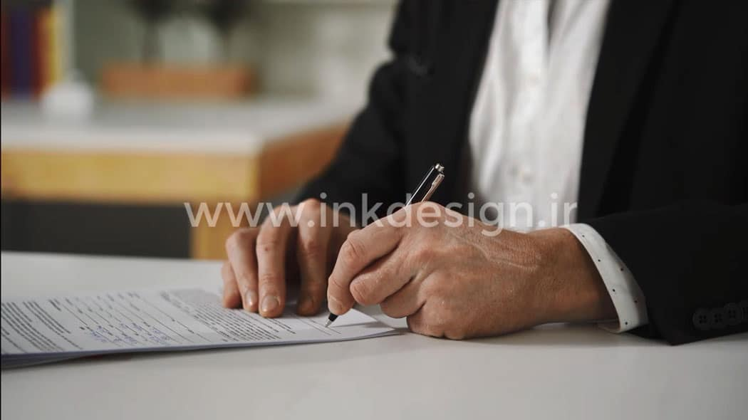 فوتیج آماده امضاء کاغذ و فرم